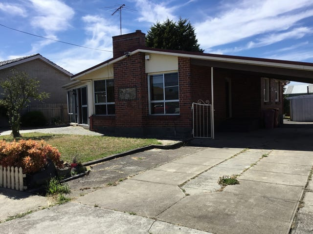 11 Tompsons Lane, Newnham, Tas 7248