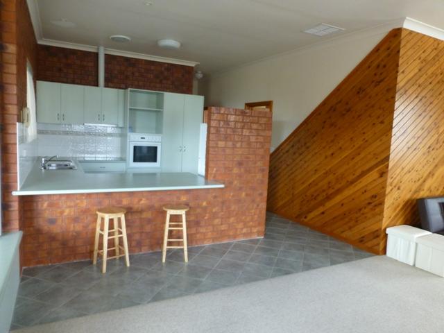 6/156 Dekerilleau Drive, Wodonga, Vic 3690