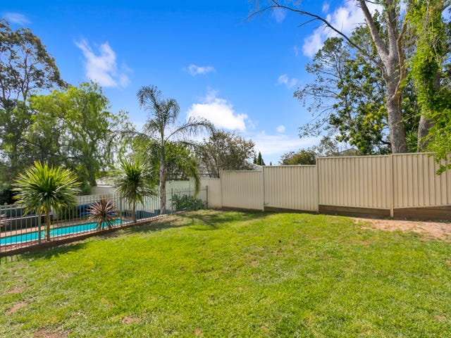 22 Akuna Ave, Bradbury, NSW 2560