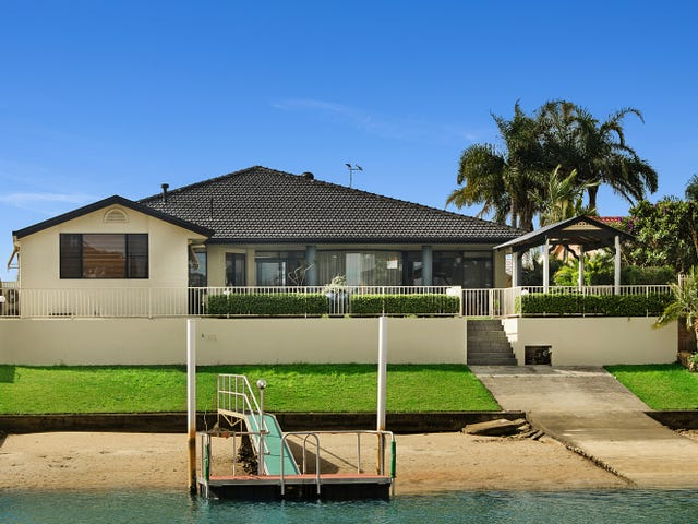 20 Laguna Pl, Port Macquarie, NSW 2444