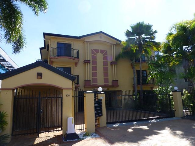 12/108 McLeod Street, Cairns, Qld 4870