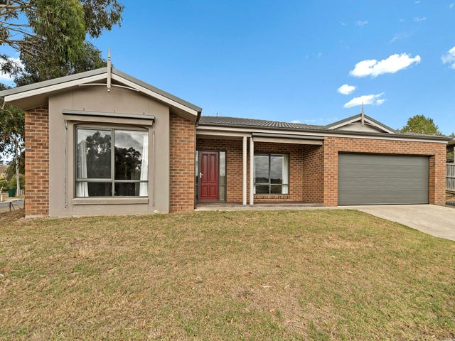 1 Brooklyn Court, Brown Hill, Vic 3350