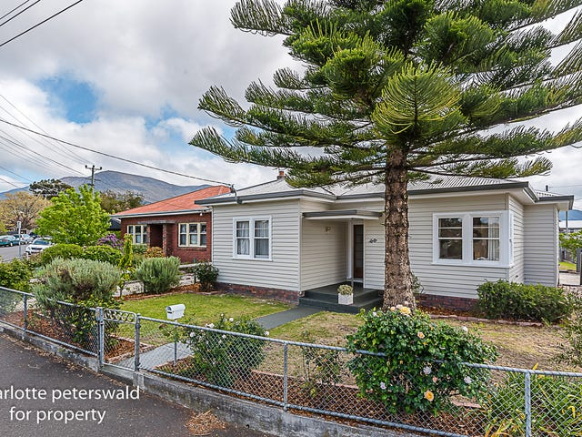 38 Tower Road, New Town, Tas 7008