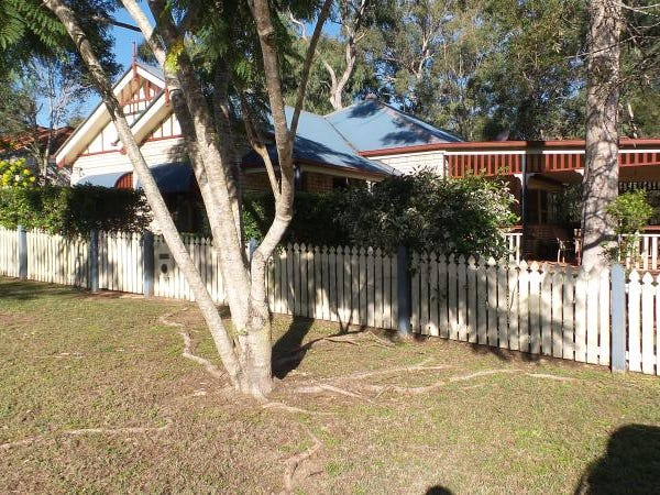 14 Crediton Place, Forest Lake, Qld 4078