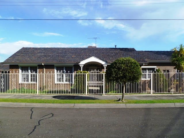 12 Soderlund Drive, Doncaster, Vic 3108