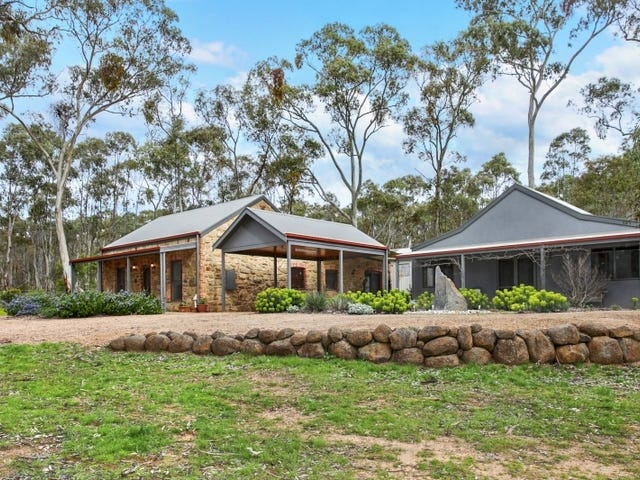 28 Mopoke Gully Road, Yapeen, Vic 3451