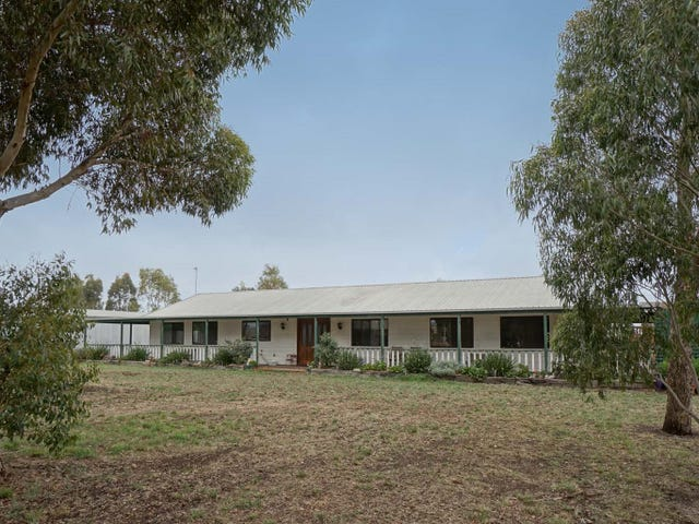295 Mclennans Road, Clunes, Vic 3370