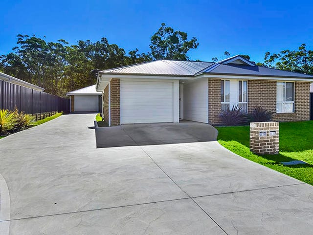 9 & 9A Peacehaven Way, Sussex Inlet, NSW 2540