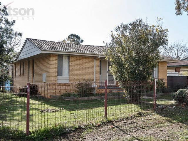 160 Raye Street, Tolland, NSW 2650