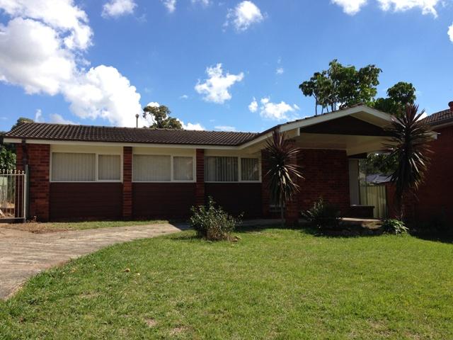 48 Lawn Avenue, Bradbury, NSW 2560