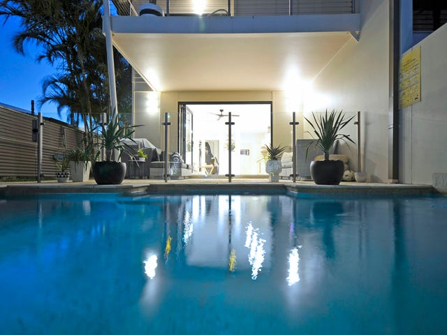 2/17 Bali Avenue, Palm Beach, Qld 4221