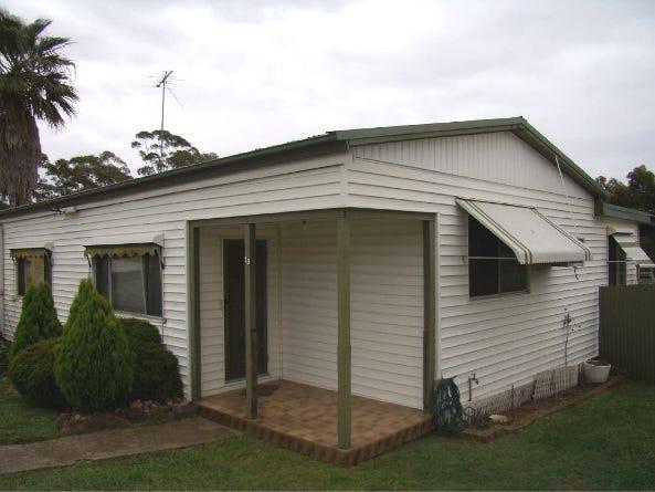 13 Ninth Street, Warragamba, NSW 2752