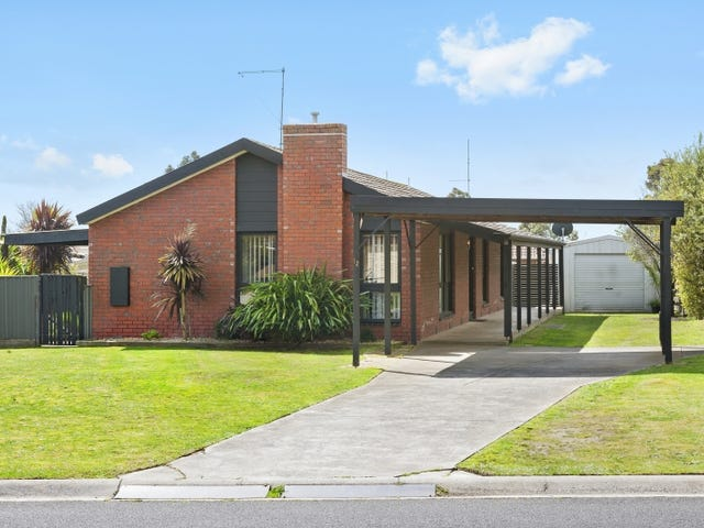 12 Mitchell Drive, Cardigan Village, Vic 3352