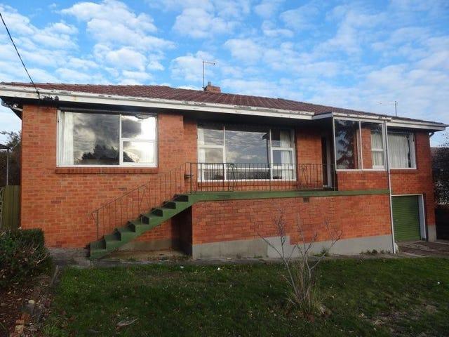 18 Helenwood Grove, Newnham, Tas 7248