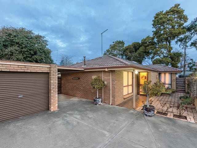 2/501 Gregory Street, Soldiers Hill, Vic 3350