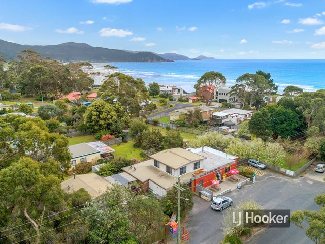 1-3 Honeysuckle Avenue, Sisters Beach, Tas 7321