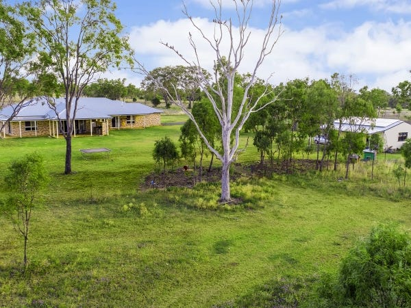 140 Henningsen Road, Oakey, Qld 4401