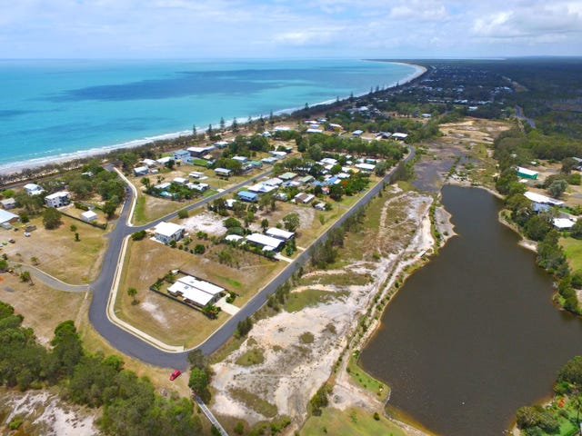 Unit 2, 16 First Avenue, Woodgate, Qld 4660