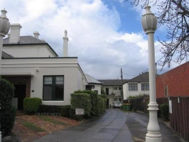 19/6 Francis Grove, Thornbury, Vic 3071