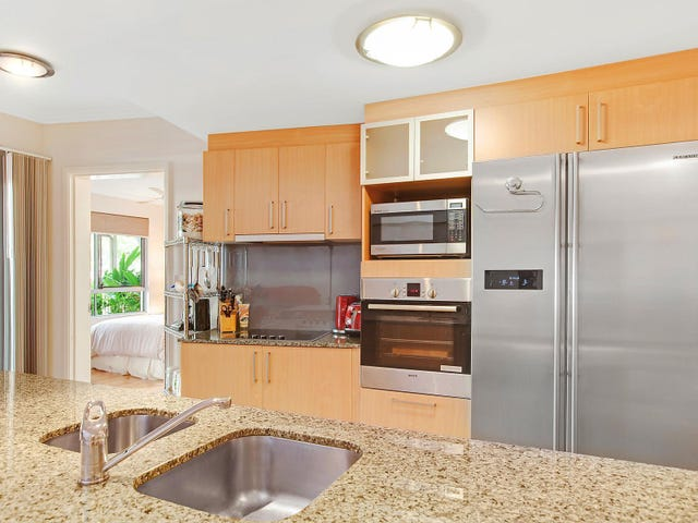 2/242 Grafton Street, Cairns North, Qld 4870