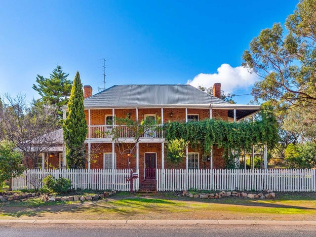 18 Avon Terrace, York, WA 6302