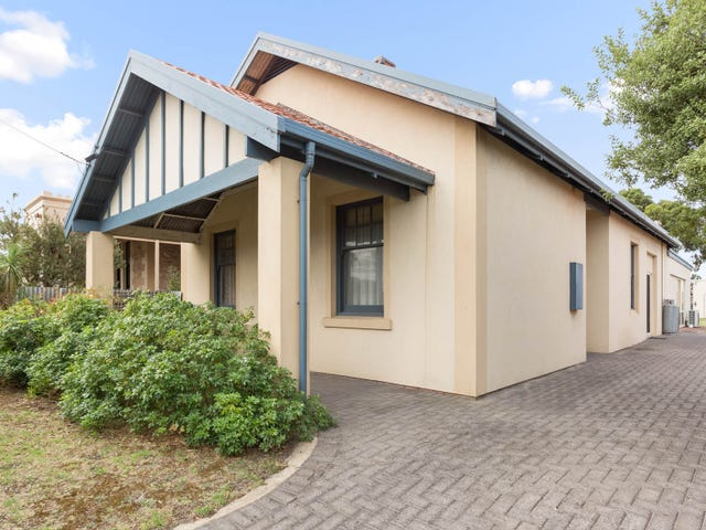 14 Seaview Road, Victor Harbor, SA 5211