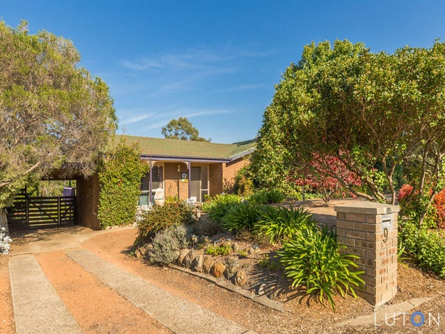 9 Crofts Crescent, Spence, ACT 2615