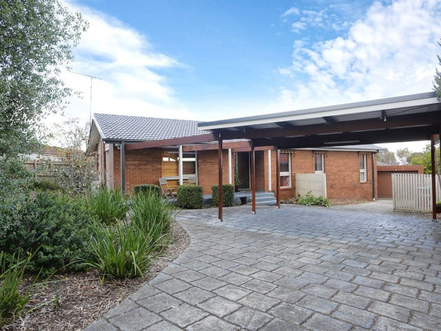 30 Charles Green Avenue, Endeavour Hills, Vic 3802