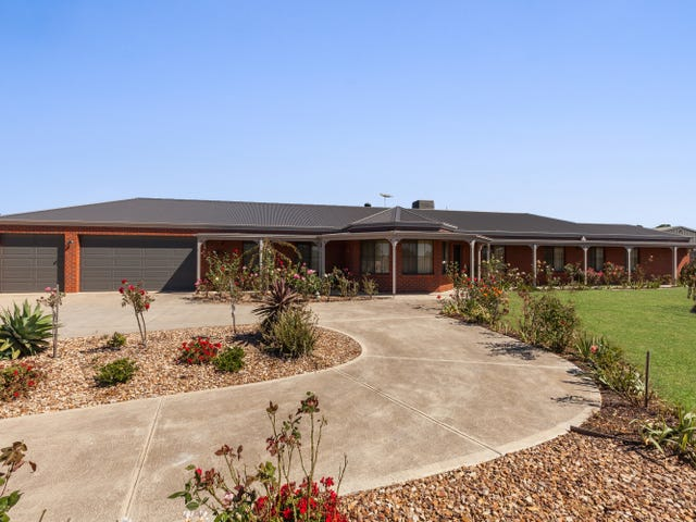124 Roulston Way, Wallan, Vic 3756