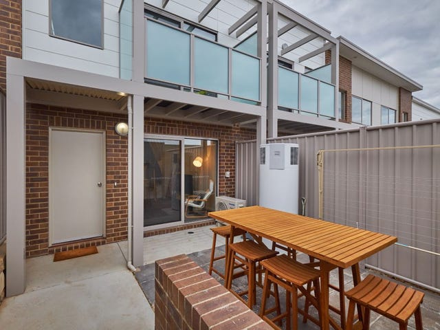 16 Ingold Street, Coombs, ACT 2611