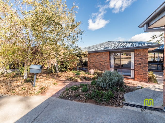 6 Byles Place, Chisholm, ACT 2905