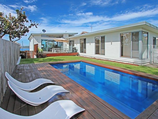 220 Mitchell Parade, Mollymook Beach, NSW 2539