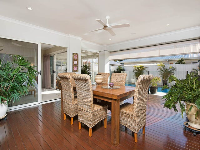 13 North Point Crescent, Pelican Waters, Qld 4551