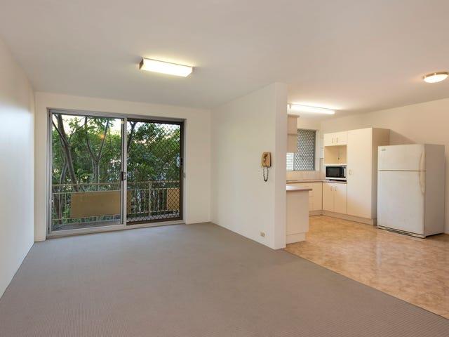2/111 Glenalva Terrace, Enoggera, Qld 4051