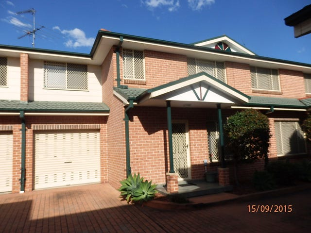 2/30 Hoxton Park Road, Liverpool, NSW 2170