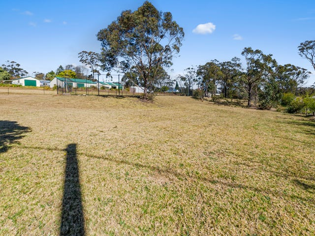 55 West Parade, Hill Top, NSW 2575