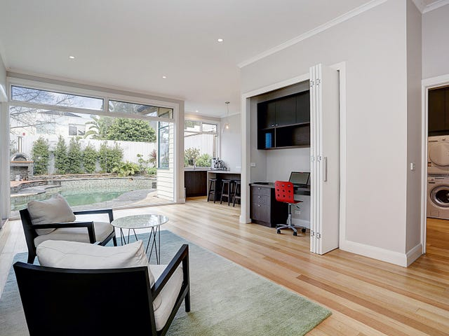 6 Iona Avenue, Brighton, Vic 3186