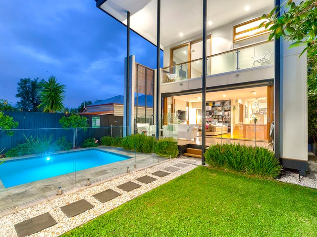 97 Arthur Terrace, Red Hill, Qld 4059