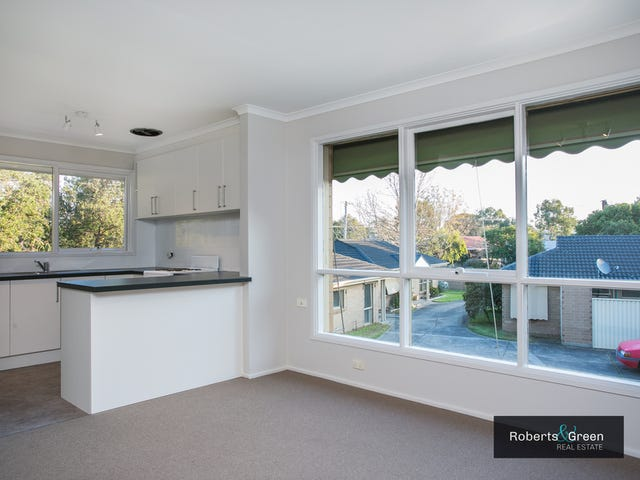 9/3-5 Gold Court, Hastings, Vic 3915
