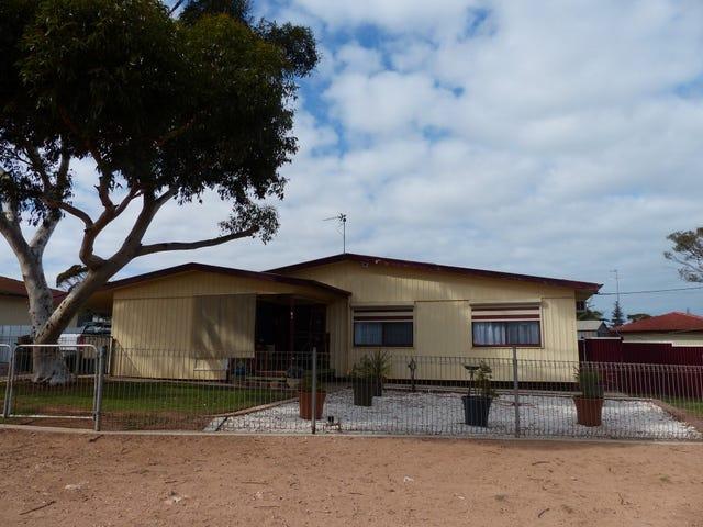 2 Chadwick Street, Ceduna, SA 5690
