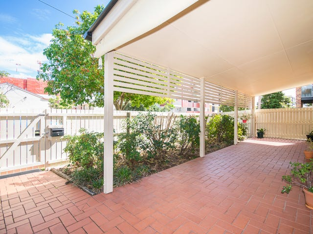 1/18 Kingsmill Street, Chermside, Qld 4032