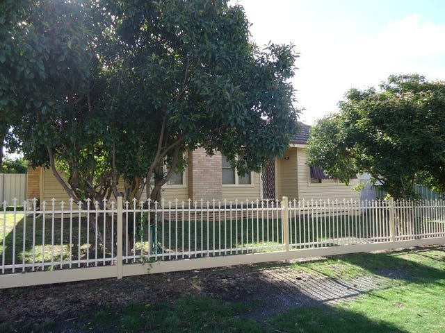 17 Norma Street, Golden Square, Vic 3555