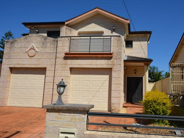 5 HENDERSON STREET, Merrylands, NSW 2160