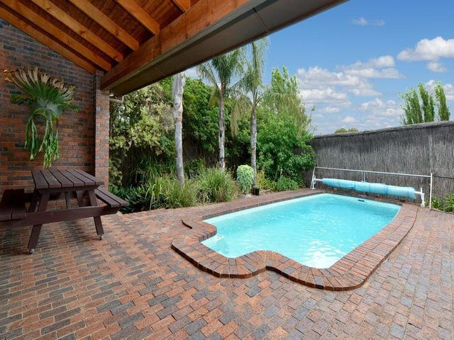 12 St Georges Terrace, Bellevue Heights, SA 5050