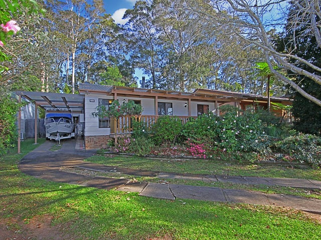 22 Christopher Crescent, Batehaven, NSW 2536