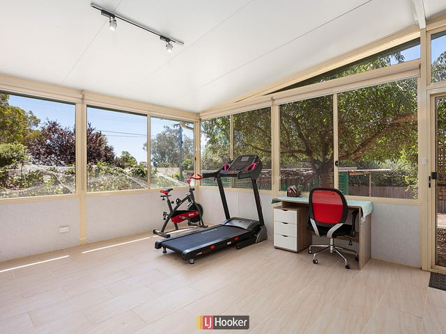 135 Ross Smith Crescent, Scullin, ACT 2614