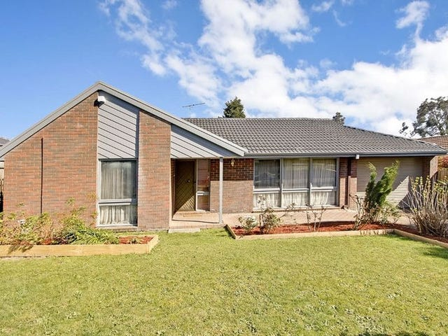 62 Mantung Crescent, Rowville, Vic 3178