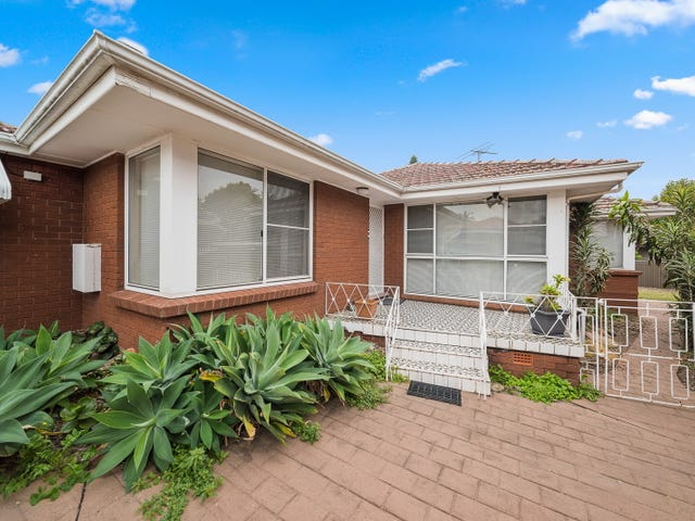 44 Cripps Avenue, Kingsgrove, NSW 2208