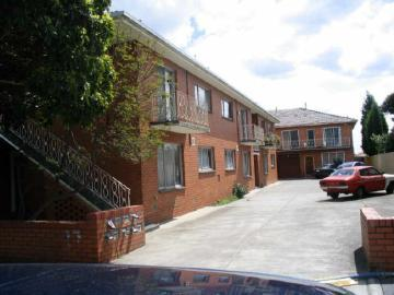 1/17 Cassels Road, Brunswick, Vic 3056