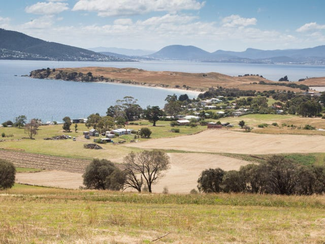 21 Spitfarm Road, Opossum Bay, Tas 7023